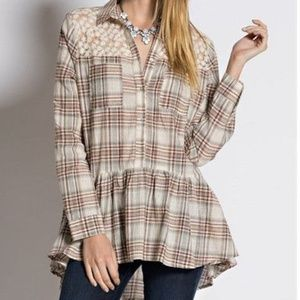Easel Ruffle hem plaid shirt top size small
